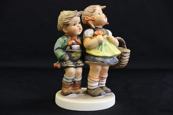 ■Goebel ゲーベル■フンメル人形■To Market #49 I■